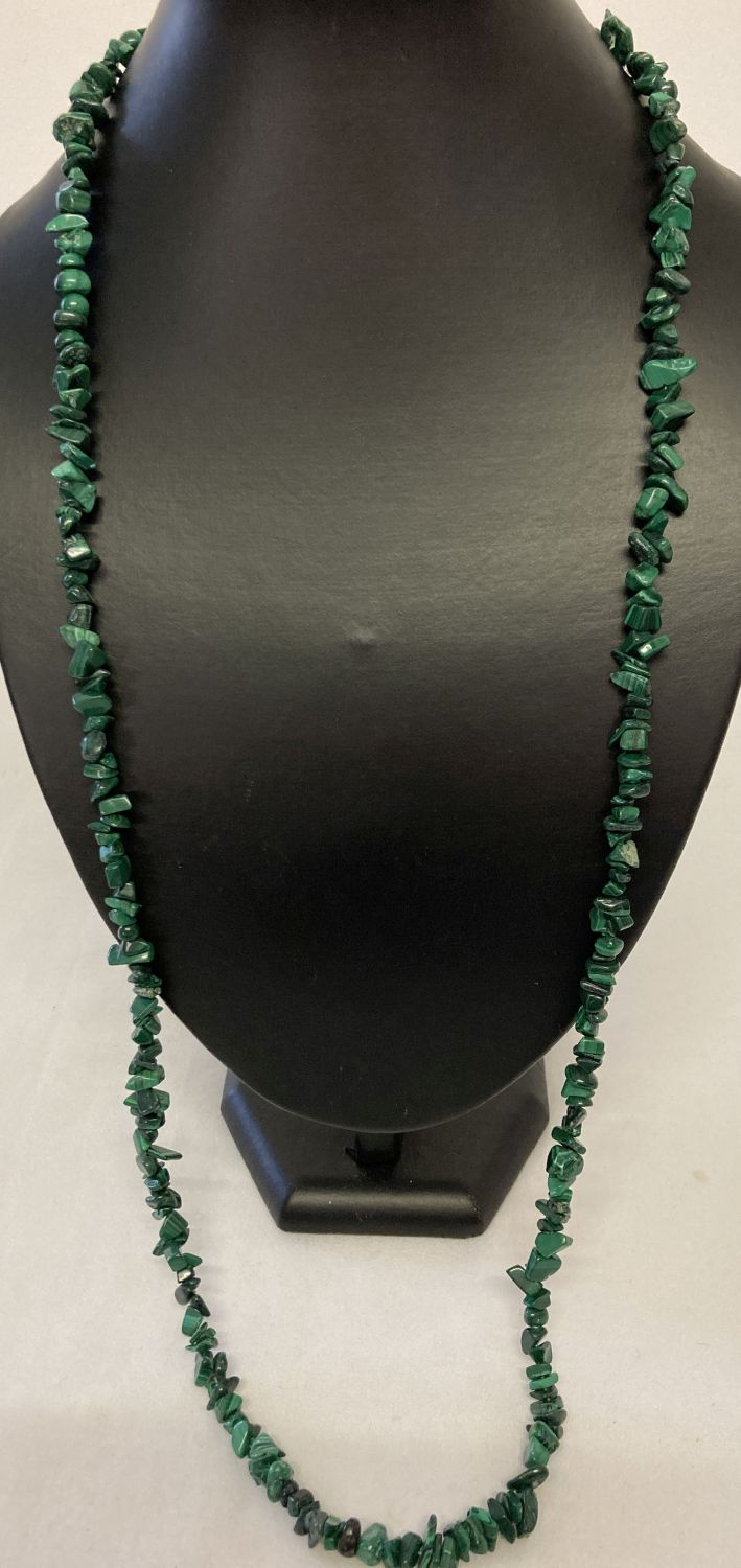 """A 33"""" costume jewellery necklace made from malachite chips."""