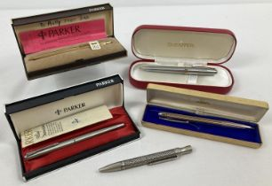 A collection of vintage and modern pens, some with original cases. A ladies Fine Barley ball point
