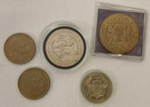 A 1993 Isle Of Man Nigel Mansell World F1 World Champion £5 coin. Togteher with 2 x Isle Of Man 1…