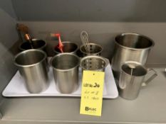 Lot de 8 items varies acier inox