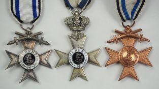 Bayern: Militär-Verdienstkreuz - 3 Exemplare.