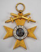 Bayern: Militär-Verdienstkreuz, 1. Klasse mit Schwertern.