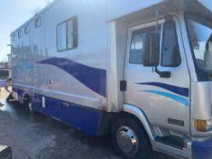 LEYLAND DAF LUXURY HORSE BOX LOCATION N IRELAND