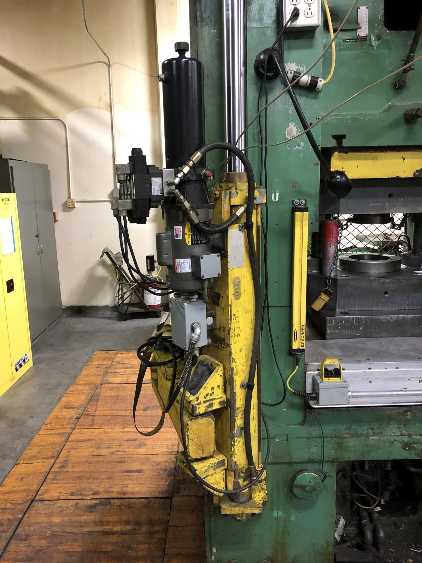 800 Ton Komatsu Maypress Knuckle Joint Press - Image 13 of 17