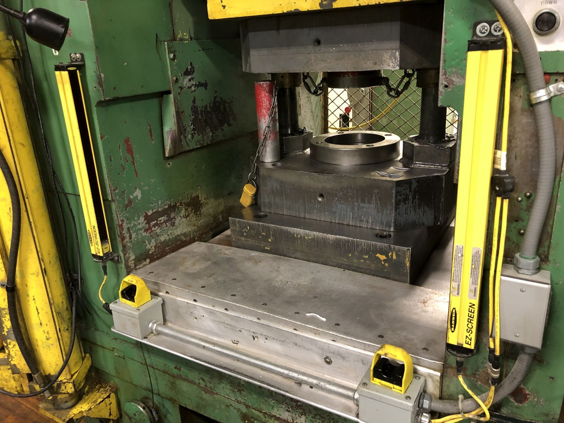 800 Ton Komatsu Maypress Knuckle Joint Press - Image 5 of 17