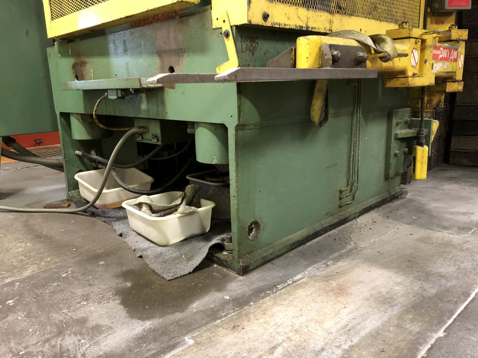 570 Ton Advanced Machine Design Straight Side Press - Image 11 of 15