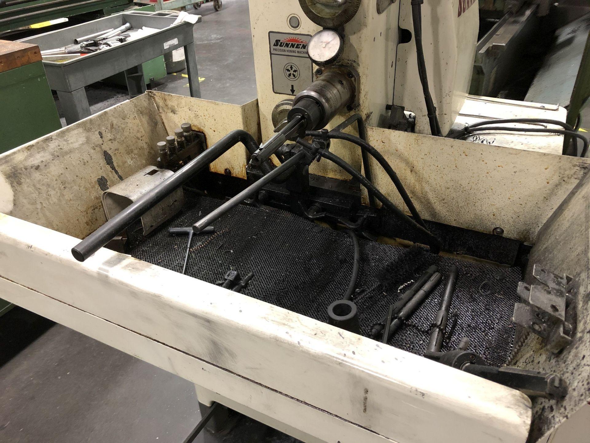 Sunnen MBB-1660 Precision Honing Machine - Image 3 of 8