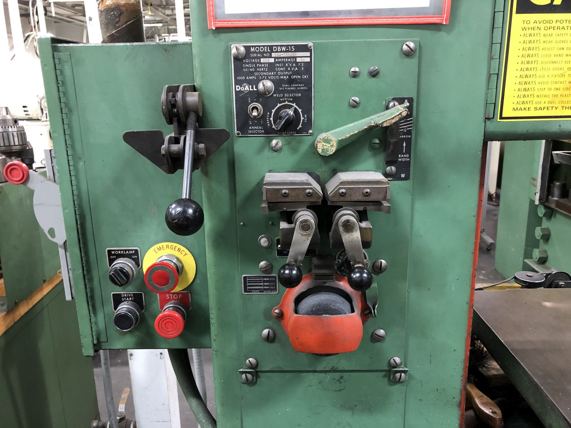 """DoAll 16"""" Vertical Band Saw - Image 2 of 4"""