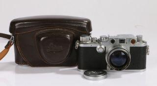 Leica D.R.P. camera, Ernst Leitz Wetzlar, Germany, serial number 428776, with a Summitar f = 5cm 1:2
