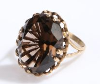 9 carat gold smoky quartz set ring, ring size N