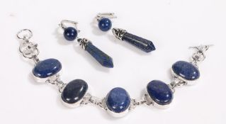 Lapis lazuli bracelet, pair of similar earrings with hexagonal tapering drops (3)