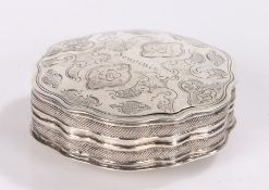 19th Century Dutch silver snuff box, the lid with foliate and scroll decoration, 5.5cm diameter, 0.