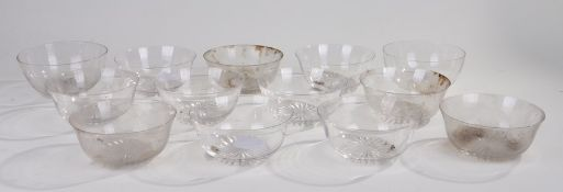 Eleven Victorian glass finger bowls, 12.5cm diameter, together with two larger (13)