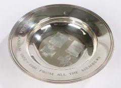 Elizabeth II silver dish, London 1981, the central field engraved with depictions of the Victoria