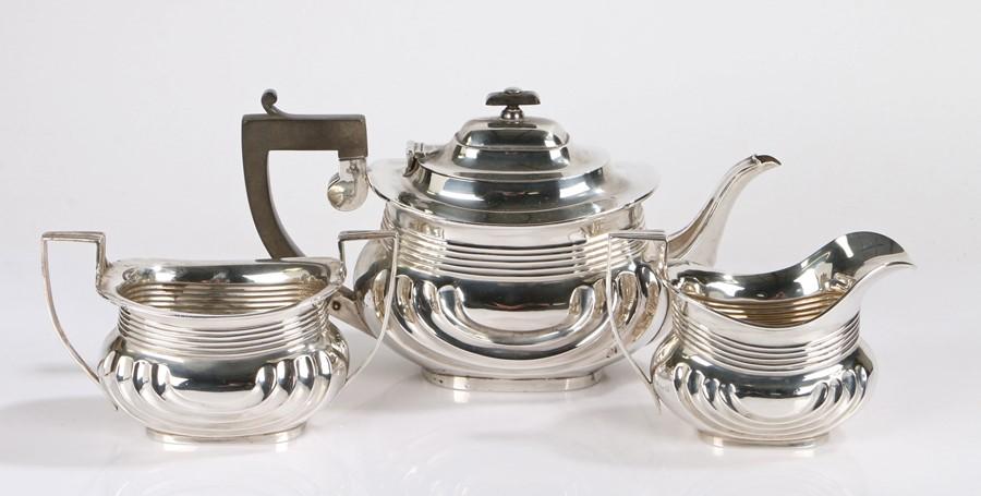 George V silver tea set, Birmingham 1916/17, the teapot maker S Blanckensee & Son Ltd, the milk