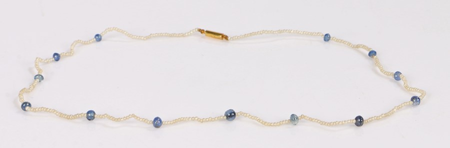 Victorian sapphire and seed pearl necklace, with a barrel clasp and a seed pearl necklace
