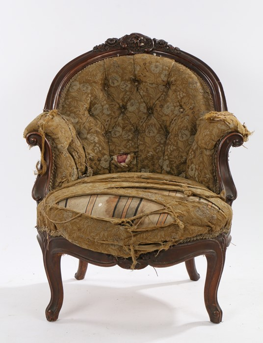 Early 20th Century wingback armchair, with green upholstery, raised on shell carved cabriole legs