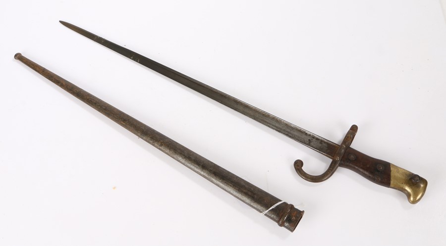 French 1874 Gras bayonet made at the St Etienne Arsenal, steel triangular blade, maker mark and date