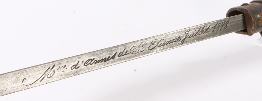 French 1874 Gras bayonet made at the St Etienne Arsenal, steel triangular blade, maker mark and date - Image 2 of 2