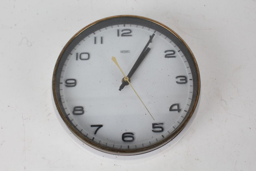 Metamec wall clock, with white surround and arabic numerals, battery powered, 22cm diameter
