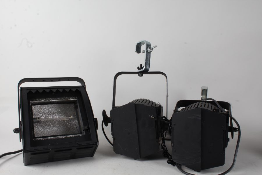 Collection of stage lights and further equipment, consisting of two Strand quartet F, and three