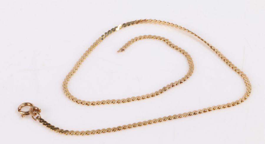 9 carat gold necklace formed from S form links (broken), 5.3g
