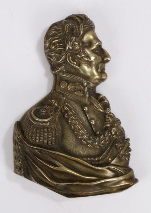 Brass portrait bust depicting Arthur Wellesley, 1st Duke of Wellington, 12cm wide, 19cm high