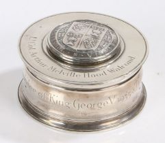 George V silver inkwell, London 1935, maker Garrard & Co. Ltd. the hinged lid with crest and latin