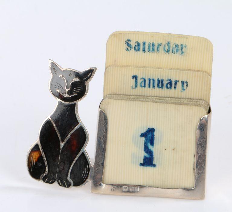 Unusual Edward VII silver and tortoiseshell mounted desk calendar, London 1904, makers mark