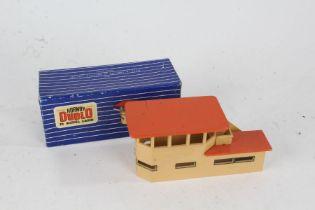 Hornby Dublo D1 Signal Cabin, in original box