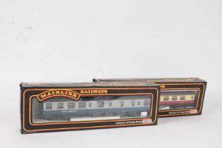 Hornby OO gauge R4312 Pullman Parlour Car, boxed, R4313 Pullman Brake Car, boxed (2)