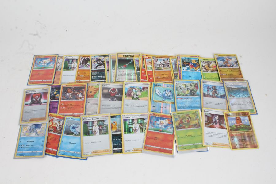 Collection of Pokemon TCG Holo cards, to include a Japanese example 065/131, Obstagoon 037/073,