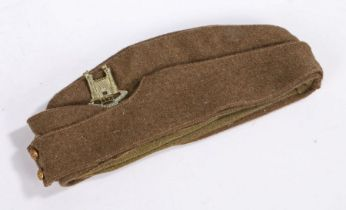 British Field Service side cap, Kings crown General Service buttons to the front, cap badge to the