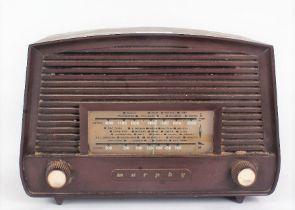 Murphy bakelite cased radio, (in need of rewiring), 26cm wide