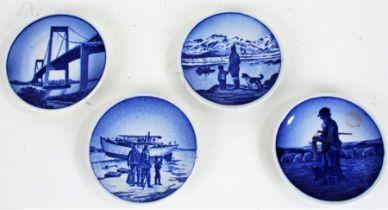 Four miniature Royal Copenhagen Fajance dishes, each 8cm diameter (4)