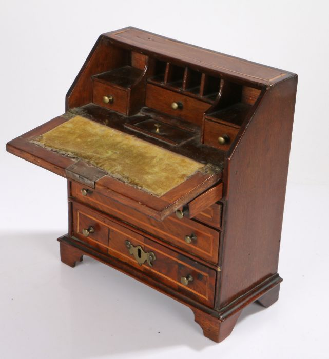 18th Century walnut and boxwood strung miniature bureau, the rectangular top above a sloping fall - Image 2 of 2