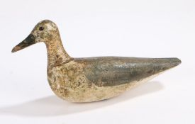 Early 20th Century decoy bird, with a painted body and integral black beak to the head set with bead