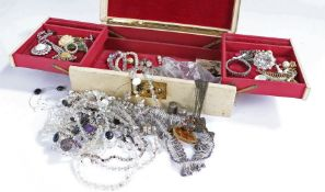 Collection of costume jewellery to include a pair of Dior clip on earrings together with brooches