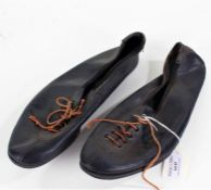 """Pair of mid 20th Century running spikes, stamped """"SPECIAL PLATE 9"""" to the souls"""