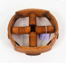 Wooden adjustable hat stretcher, 16.5cm wide x 17.5cm wide