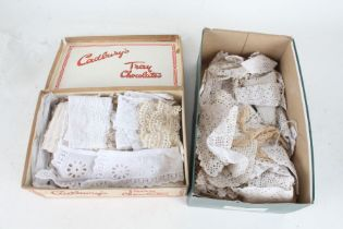 Collection of crochet and lace, to include edgings etc.