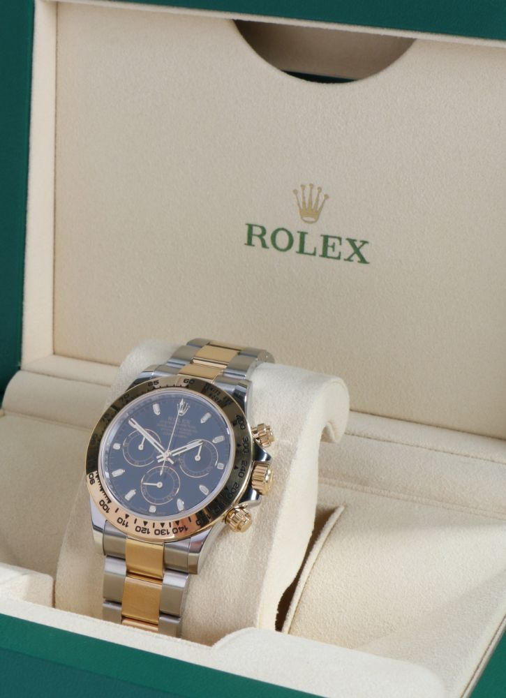 Selected Wristwatches Auction - 2nd December 2021