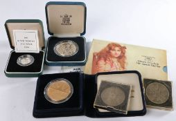 Coins, to include 90th Birthday Silver Proof Crown, a 1990 Silver Proof Five Pence, two cased