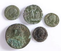 Roman Coinage, to include Constantius II and three further coins, (5)