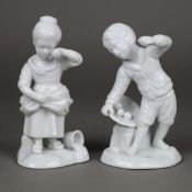 Zwei Kinderfiguren - Hoechst, blaue Radmarke, Weißporzellan, glasiert, Entwurf