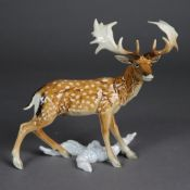 "Tierplastik ""Damhirsch/Fallow Deer/Daim"" - Goebel, Porzellan, polychrom bemalt,"