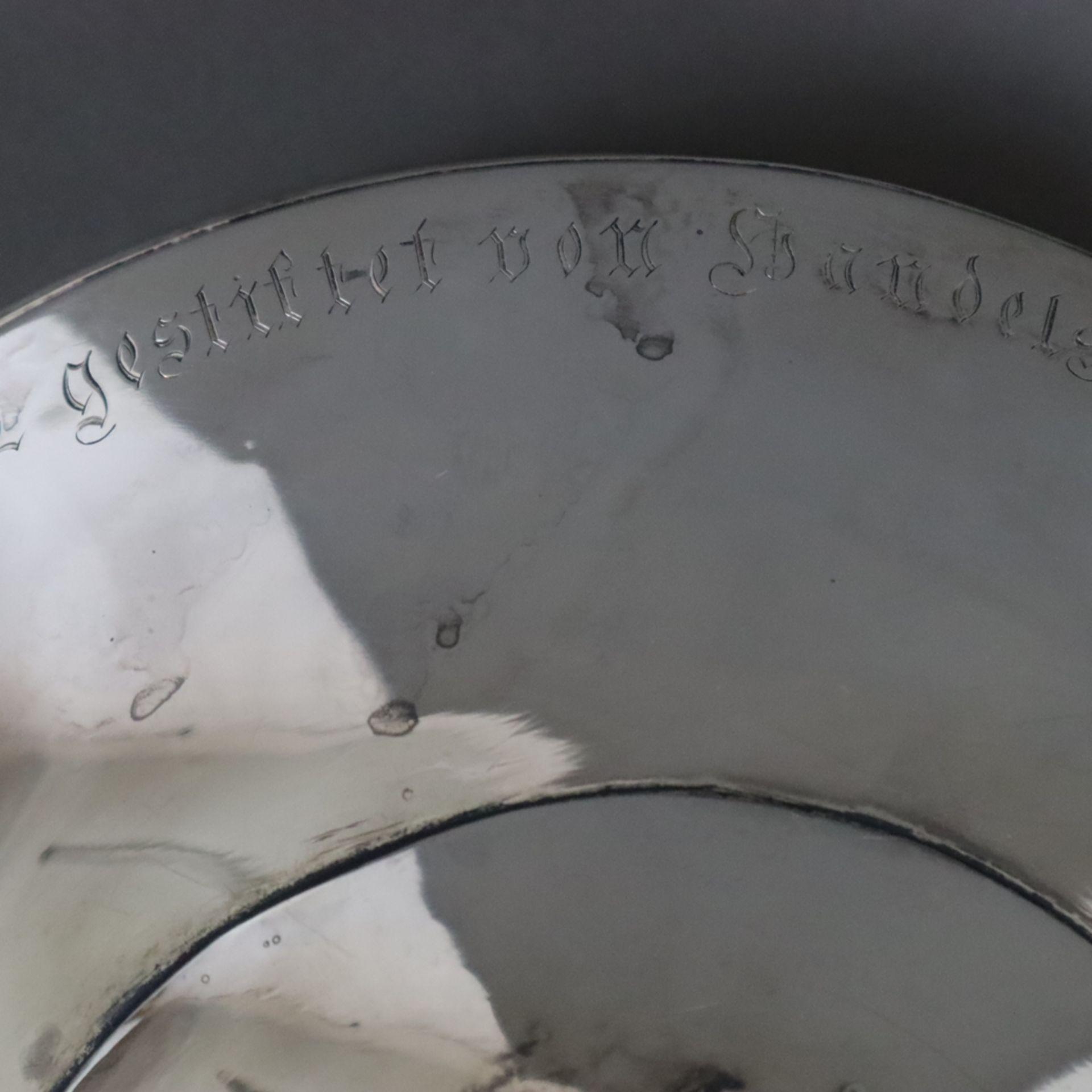 """Silber-Tafelaufsatz -deutsch, datiert 1912, umlaufende Stiftungsinschrift """"Zur Allgemeinen Deutsche - Image 11 of 12"""