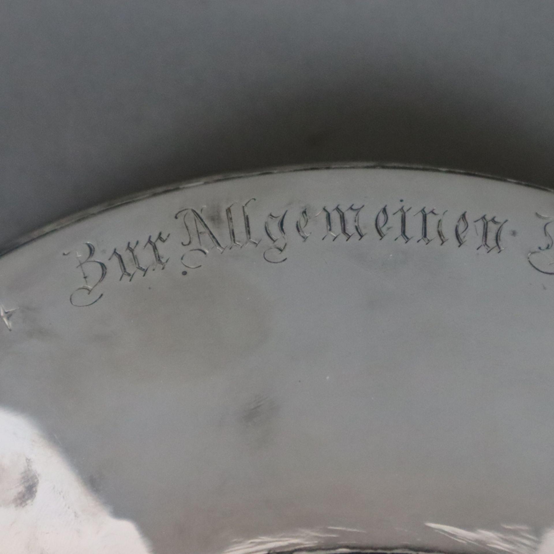 """Silber-Tafelaufsatz -deutsch, datiert 1912, umlaufende Stiftungsinschrift """"Zur Allgemeinen Deutsche - Image 7 of 12"""