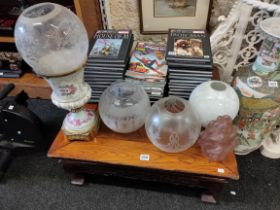 4 OIL LAMP SHADES AND CERAMIC CANISTER OIL LAMP BASE