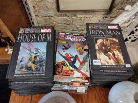 QUANTITY OF SUPER HERO ANNUALS AND COMICS